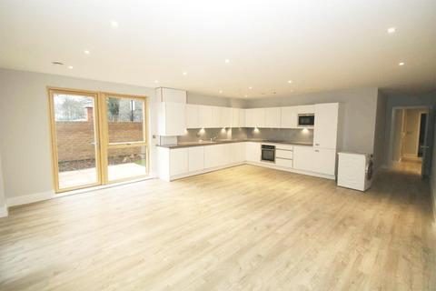 2 bedroom apartment to rent - Acton