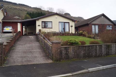 2 bedroom detached bungalow for sale - Cwm Alarch Close, Glenboi