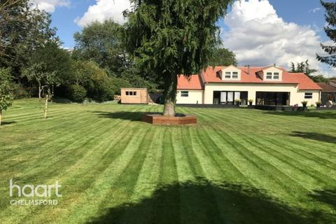 6 bedroom detached house for sale - Roxwell Road, Chelmsford