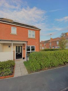 3 bedroom end of terrace house to rent - Grange Court, Shotton, DH6 2XT