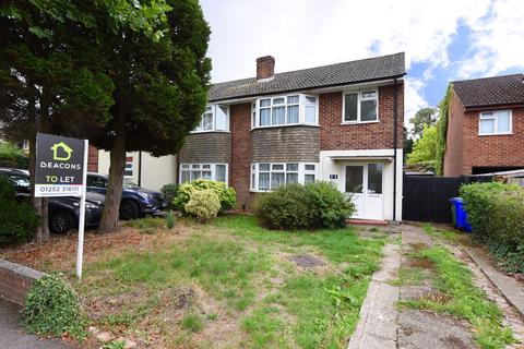 3 bedroom semi-detached house to rent - West Heath Road, Farnborough GU14
