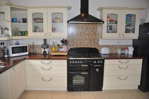 8 bedroom terraced house to rent - St Georges Terrace NE2