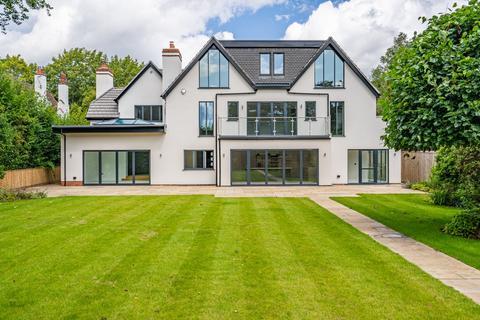 6 bedroom detached house for sale - Orchehill Avenue, Gerrards Cross, Buckinghamshire