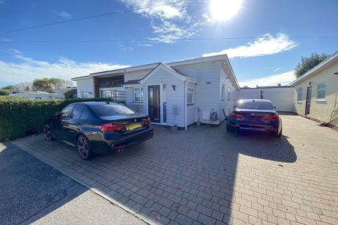3 bedroom bungalow for sale - Harold Close, Pevensey, East Sussex, BN24