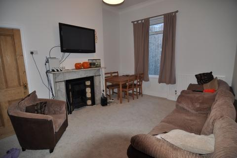 5 bedroom terraced house to rent - Heaton Road NE6