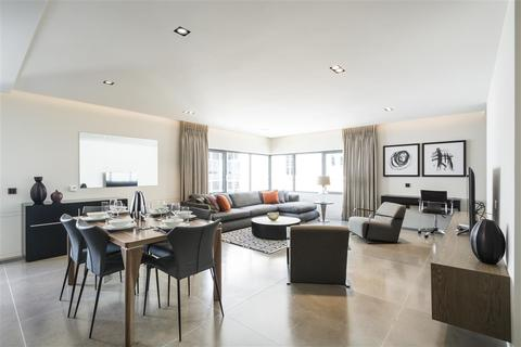 3 bedroom flat to rent - Babmaes Street, SW1Y