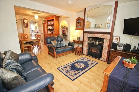 3 bedroom terraced house to rent - Snodland, Kent, ME6