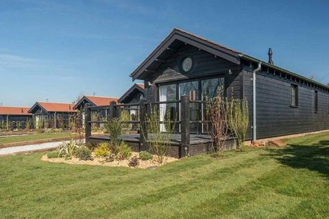 2 bedroom lodge for sale - Ventnor Isle of Wight