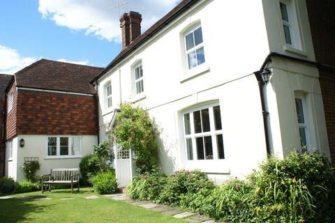 5 bedroom semi-detached house for sale - Petersfinger Road, Petersfinger, Salisbury, SP5