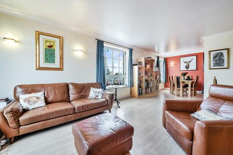 2 bedroom flat for sale - Narrow Street, London, E14