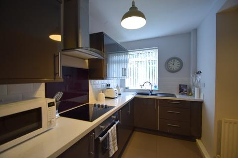 2 bedroom semi-detached house to rent - Whitgrave Road, Newcastle Upon Tyne