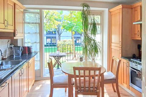 2 bedroom flat to rent - West Hill, LONDON, SW15