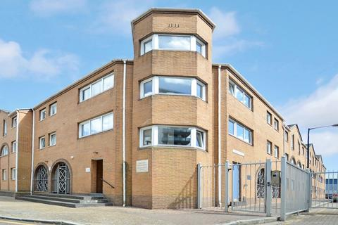 2 bedroom flat for sale - Homer Drive, Canary Wharf E14