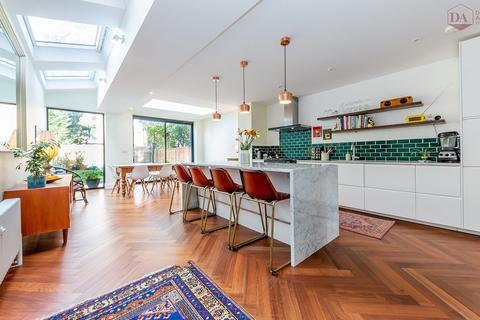 4 bedroom terraced house for sale - Rathcoole Gardens, Crouch End N8