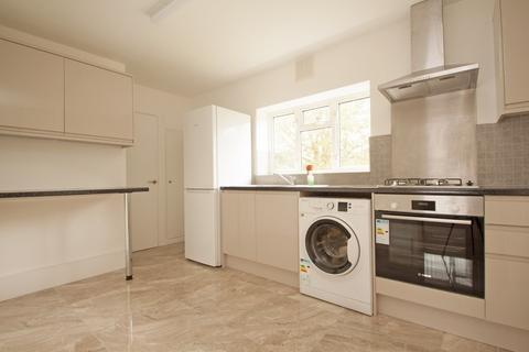 2 bedroom apartment to rent - Great Cambridge Road, London N9