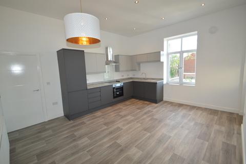 2 bedroom flat to rent - Whitefield, Manchester,