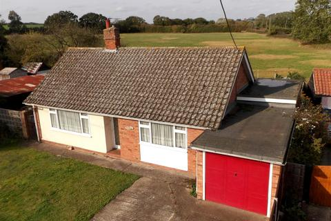 3 bedroom bungalow for sale - Lodge Lane, Purleigh