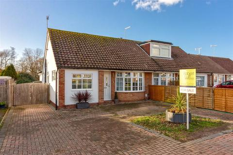 3 bedroom bungalow for sale - Ullswater Road, Lancing