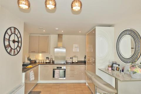 2 bedroom apartment for sale - Fleming Place, Bracknell