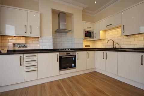 2 bedroom flat for sale - West Ella Road, Harlesden