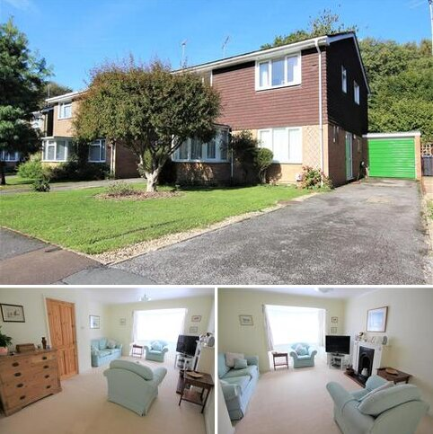 4 bedroom detached house for sale - Coopers Close, Burgess Hill