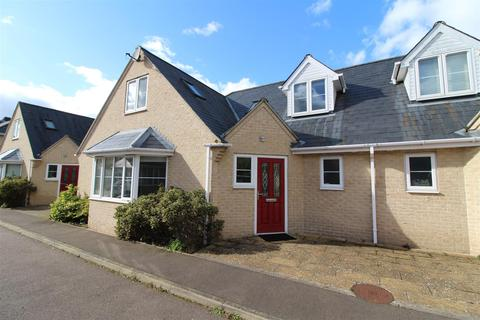 3 bedroom semi-detached house to rent - The Mews, Cambridge