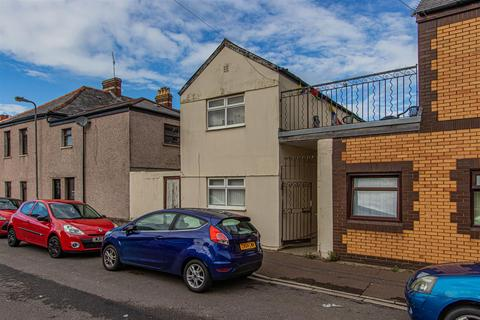 3 bedroom house to rent - Thesiger Street, Cathays