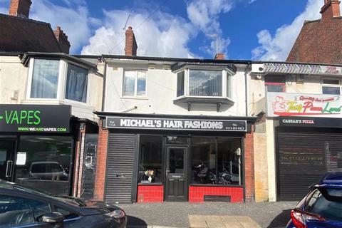Retail property (high street) to rent - Stanningley Road, Leeds, LS12