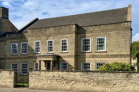 2 bedroom flat for sale - London Road, Cirencester