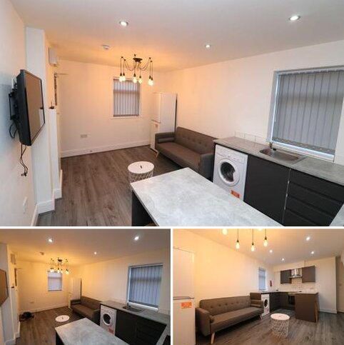 2 bedroom apartment to rent - Boaler Street, Liverpool, L6 6AD
