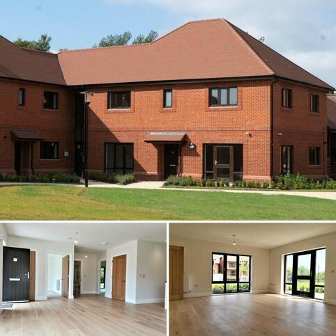 2 bedroom retirement property for sale - Plot 4, (Chamomile Apartment) at Friary Meadow, Titchfield, Fareham PO15