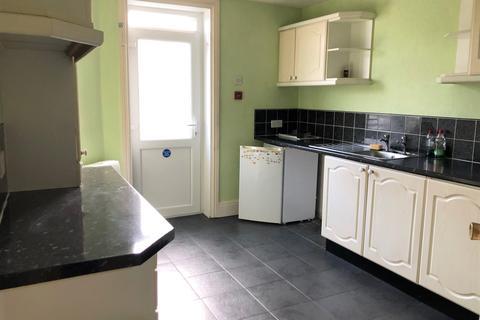 2 bedroom flat to rent - Westmorland Avenue FY1