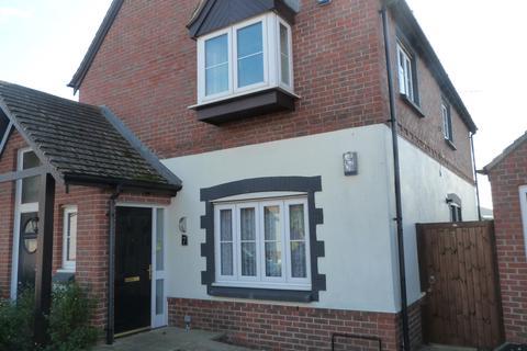 2 bedroom ground floor flat - Millington Drive, Selsey