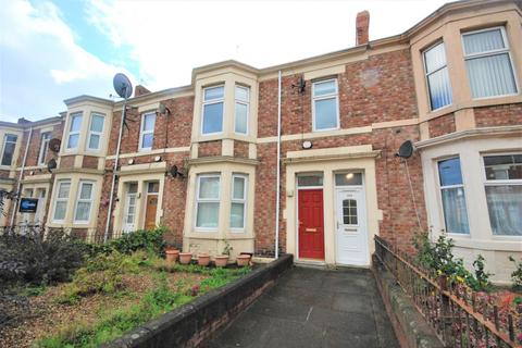 4 bedroom maisonette for sale - Avenue Road, Bensham