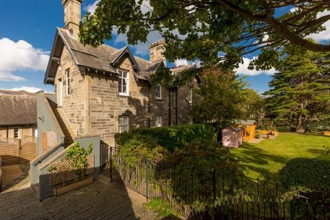 3 bedroom flat for sale - 2 Wardie Crescent, Edinburgh, EH5 1AG