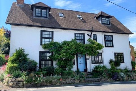 4 bedroom semi-detached house for sale - Satchell Lane, Hamble, Southampton, Hampshire, SO31