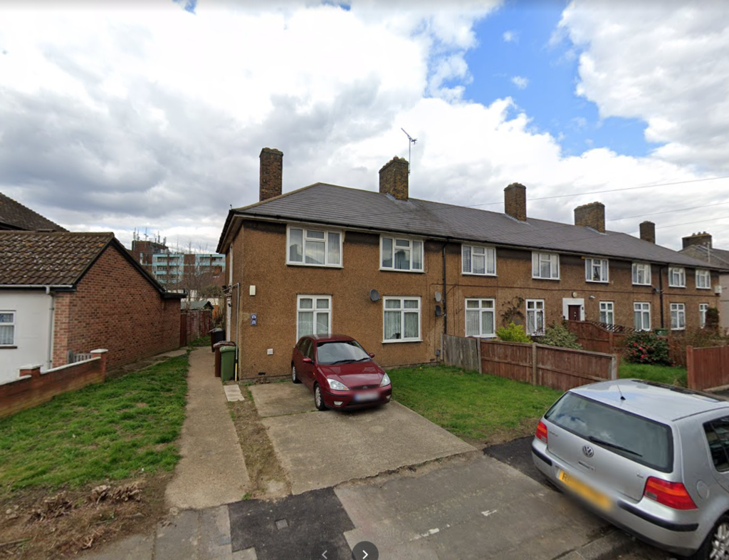 1 Double bedroom flat available to let in Basedal