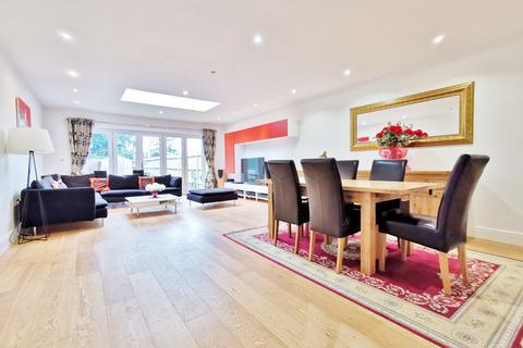 5 bedroom semi-detached house to rent - Prospect Road, Barnet EN5
