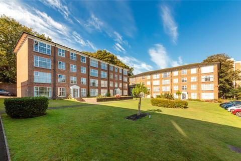 2 bedroom apartment to rent - Withdean Rise, Brighton, BN1