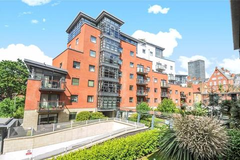 2 bedroom apartment to rent - Montaigne Close, Westminster