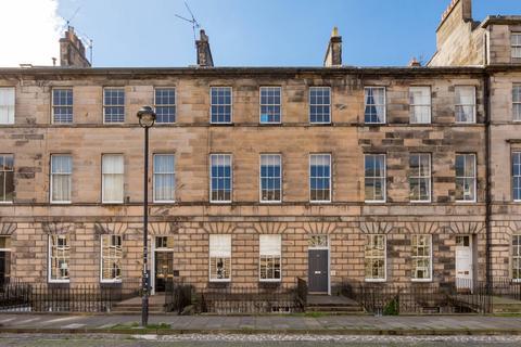 3 bedroom flat to rent - Great King Street, New Town, Edinburgh, EH3