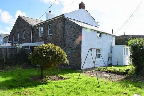 2 bedroom semi-detached house for sale - Redruth