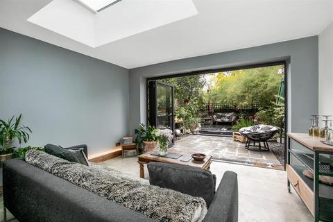 2 bedroom ground floor flat for sale - Dowlas St, SE5 7TA