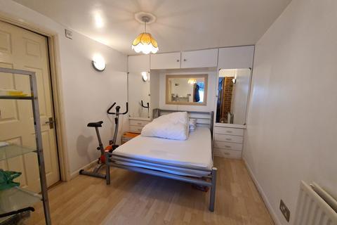 1 bedroom maisonette to rent - High Street North, Dunstable LU6