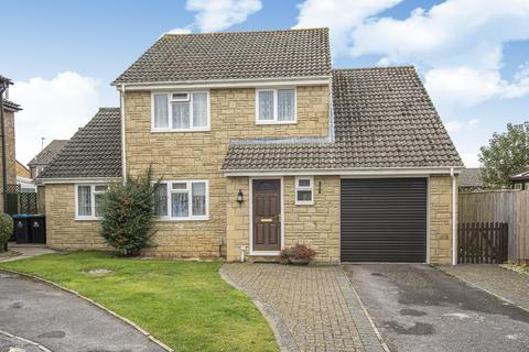 4 bedroom detached house for sale - Oakfield Road,  Carterton,  OX18