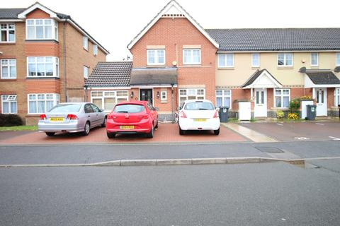 4 bedroom semi-detached house for sale - Garrison Close, HOUNSLOW, Greater London, TW4