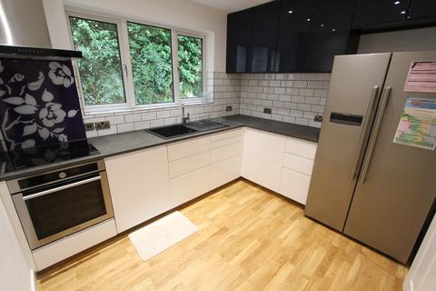 2 bedroom apartment to rent - Bannerdale View, Sheffield