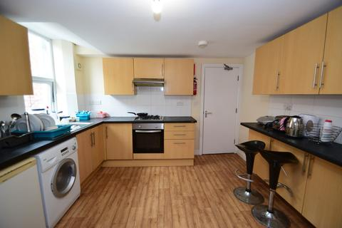 1 bedroom house share to rent - *ROOMS AVAILABLE* Brighton Grove, Fenham, NE4