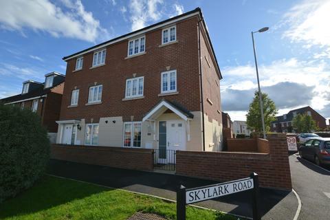 5 bedroom semi-detached house for sale - Skylark Road, Melksham