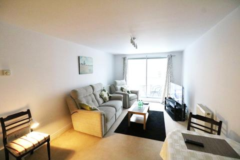 2 bedroom apartment to rent - Calloway House, Coombe Way, Farnborough, Hampshire, GU14